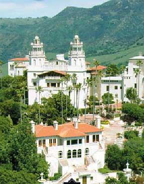 http://www.magazinusa.com/images_st2/ca/hearst_castle.jpg