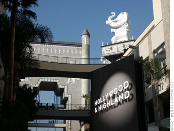 Hollywood & Highland Entertainment Komplex mit Dolby Theatre (früher Kodak Theatre)
