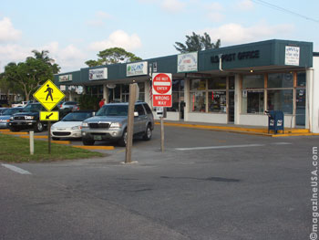 Holmes Beach Shopping Center