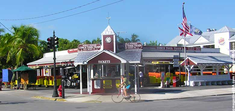 Am Mallory Square in Key West gehen die Tram / Conch Touren los