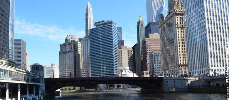 Architektur Tour per Boot auf dem Chicago River