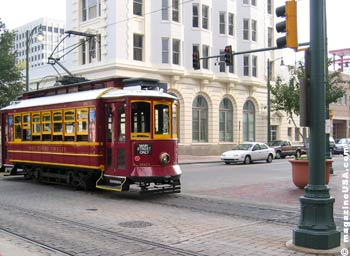 Trolley in Memphis' Main  Street